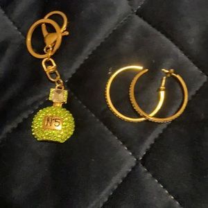 Bundle earrings gold plated with key holder